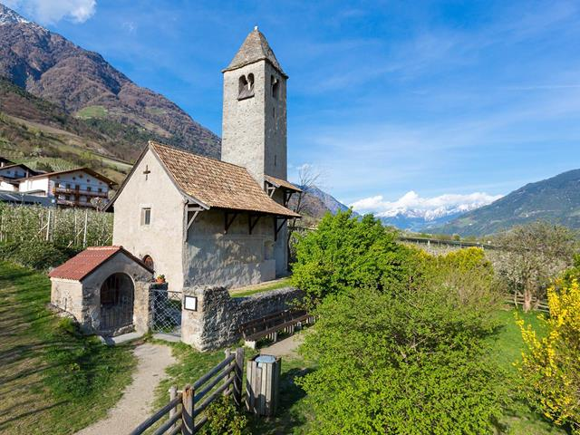 Prokulus Church and museum a Naturno