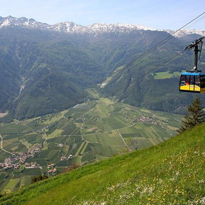 Cable car Naturno - Unterstell with view of Naturno & surroundings