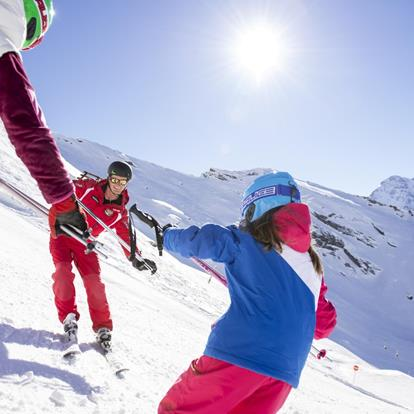 Ski Schools and ski rentals in the Passeiertal Valley