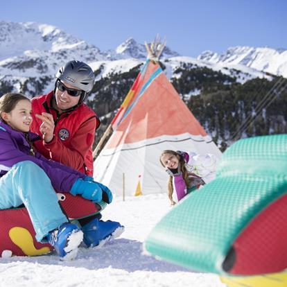 Ski and Snowboard School in Schnalstal Valley