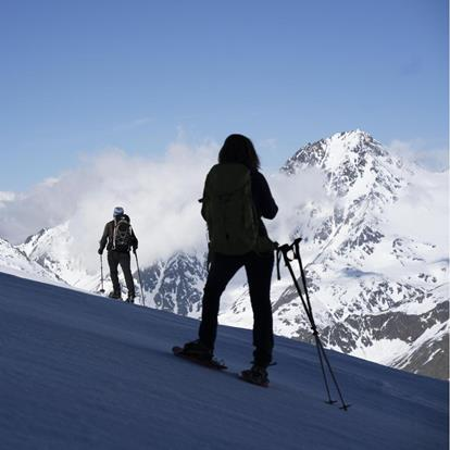 Mountain and ski guides in Schnalstal Valley