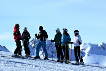 Group ski course for adults