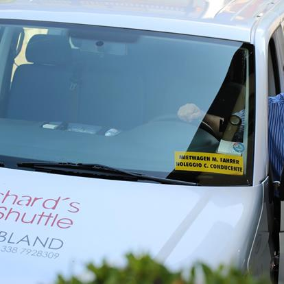Taxi & Shuttleservice