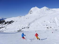 Skiing for returnees - short stay | March