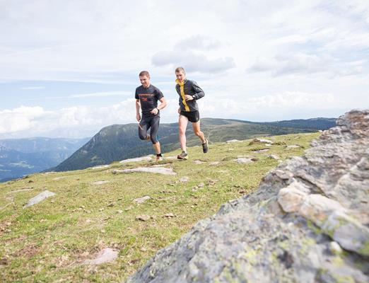 Running-Trail-Running-in-the-mountains-Avelengo-Verano-Merano2000-sm