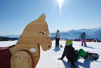 Skiing-Outdoor-Kids-Camp-Avelengo-Verano-Merano2000-bb