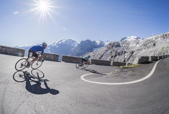 The Passo Stelvio/Stilfserjoch is very popular with racing cyclists