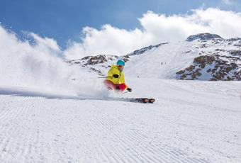 Ski Rentals and ski depots in the Alps, Italy - Schnalstal Valley