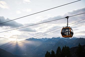 Cable cars & chairlifts