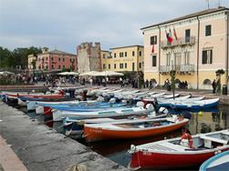 Traveling with Tisner Reisen: Bardolino Market and Garda