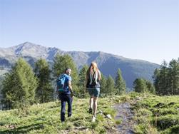 Guided hiking tour to the Schusterhuettl