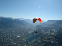 FlyMeran paragliding and tandem flights