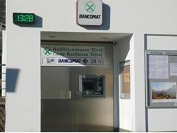 Raiffeisen Bank Tirolo - cash machine