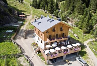 Nasereit Mountain Hut